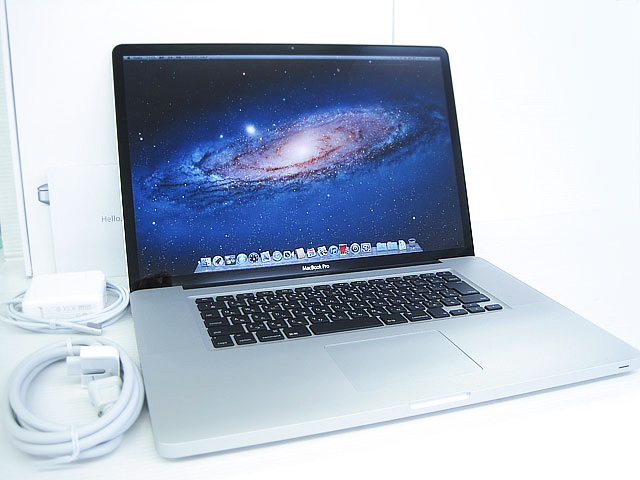 MacBook Pro Core i7 2.4GHz 17インチ