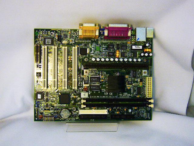 S2056AG4N Tomcat i810e マザーボード